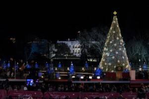 USA, l'albero di Natale e il Presidente Barack Obama