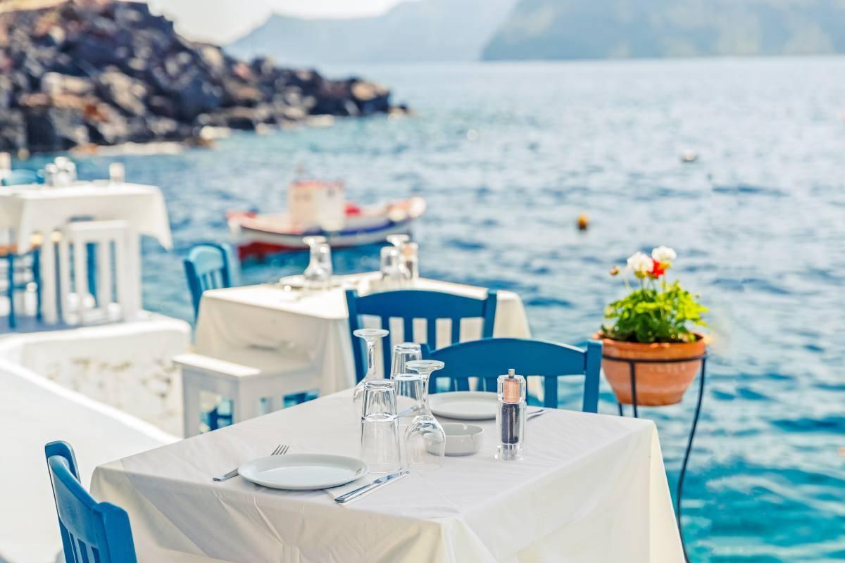 Come mangiare fuori risparmiando in vacanza
