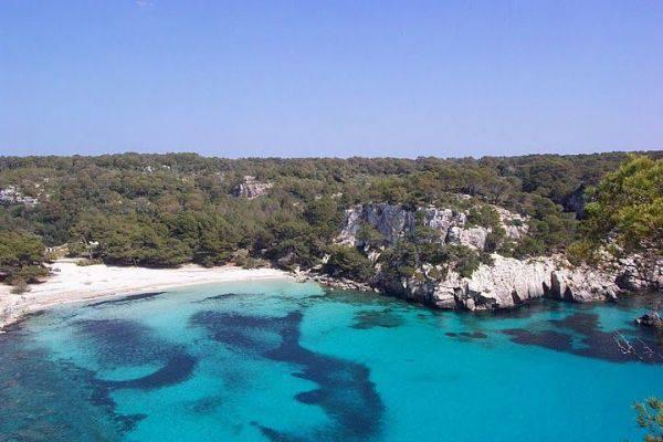 Spiaggia Son Xoriguer di Minorca