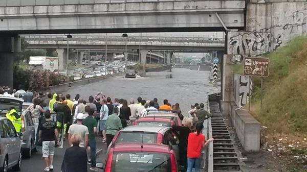 gra grande raccordo anulare traffico allagamenti nubifragio a roma