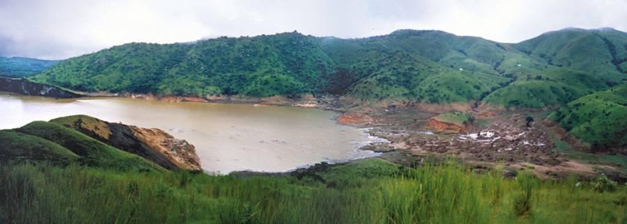laghi mortali (luoghi strani)