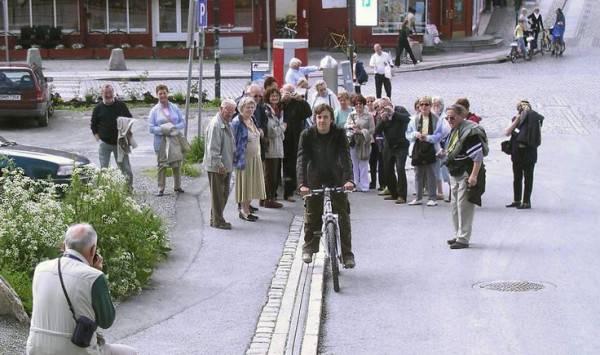lo skilift che aiuta i ciclisti in salita