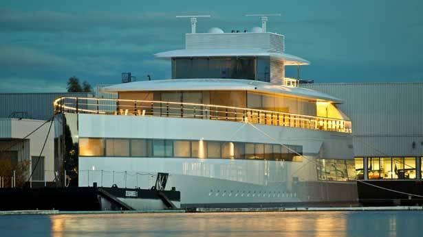venus yacht di steve jobs