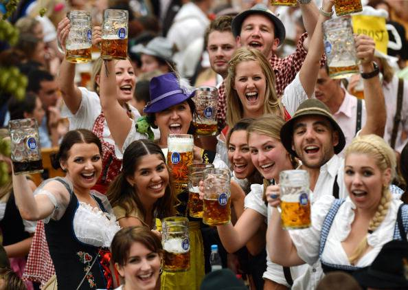 Oktoberfest (CHRISTOF STACHE/AFP/GettyImages)