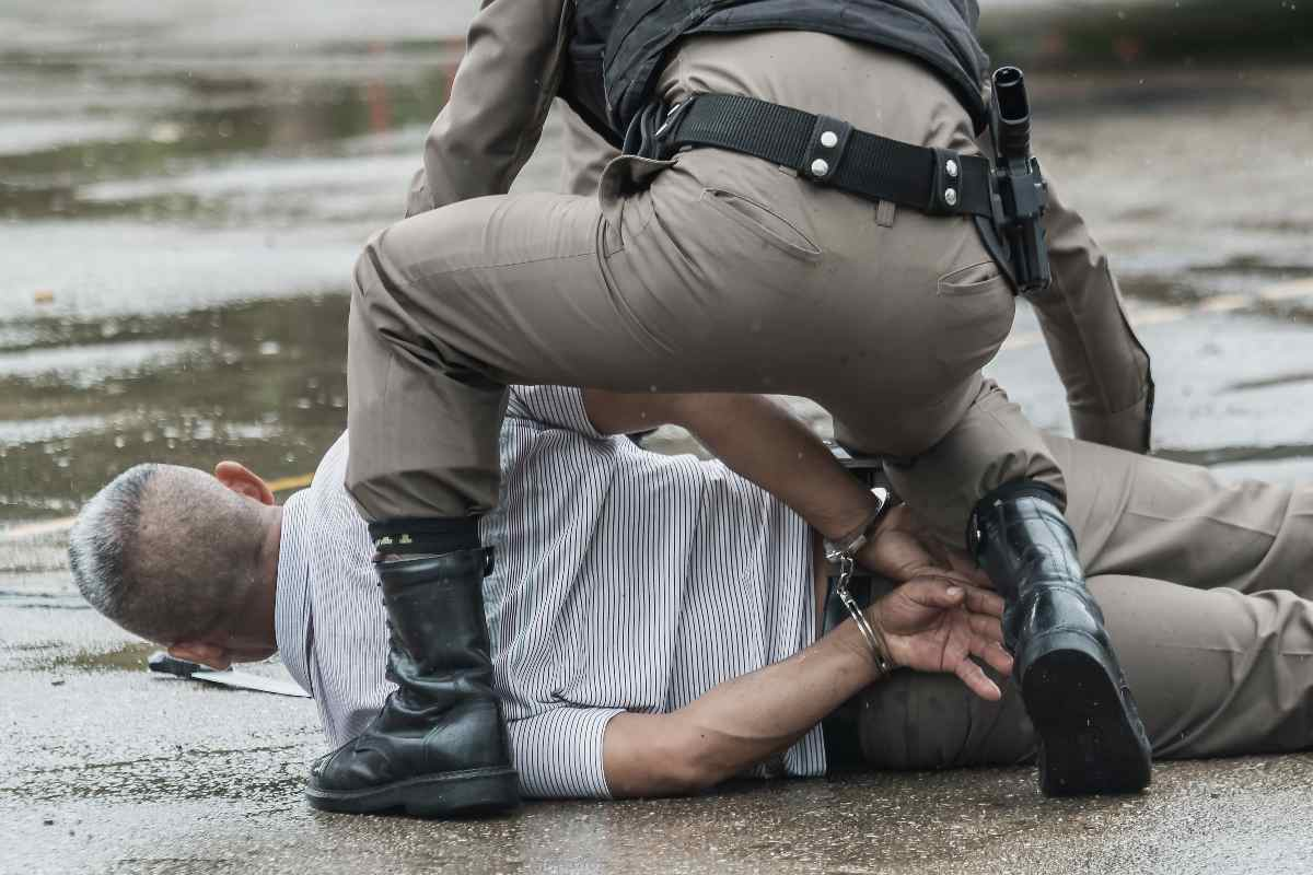 Motivi folli che rischiano di farvi arrestare