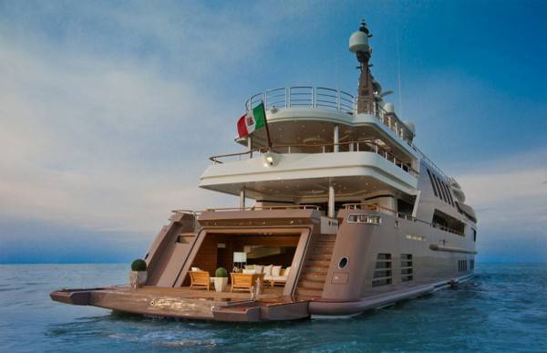 Yacht extralusso