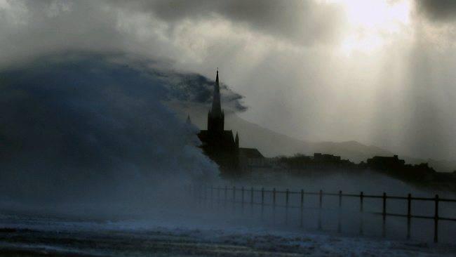 gran bretagna allerta meteo (tempesta mostruosa)