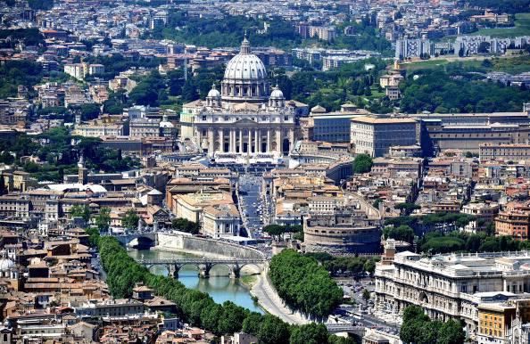 Roma: aumenta tassa di soggiorno per gli alberghi a 5 stelle ...
