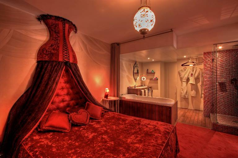San Valentino sexy: top 10 gli hotel più romantici