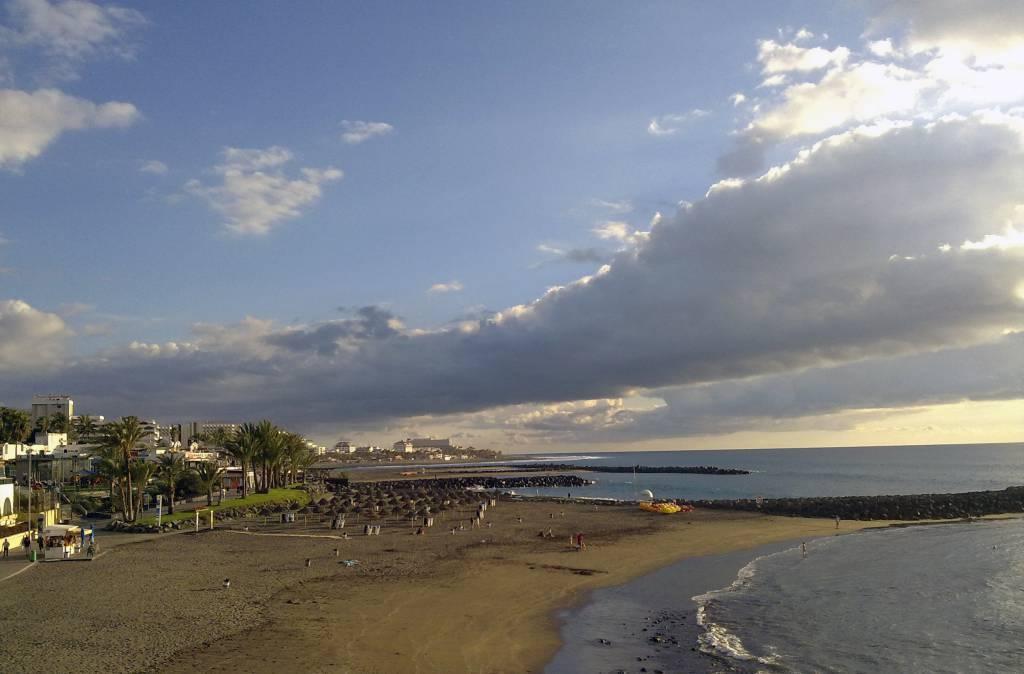 Playa de Las Americas, Tenerife @Wikipedia