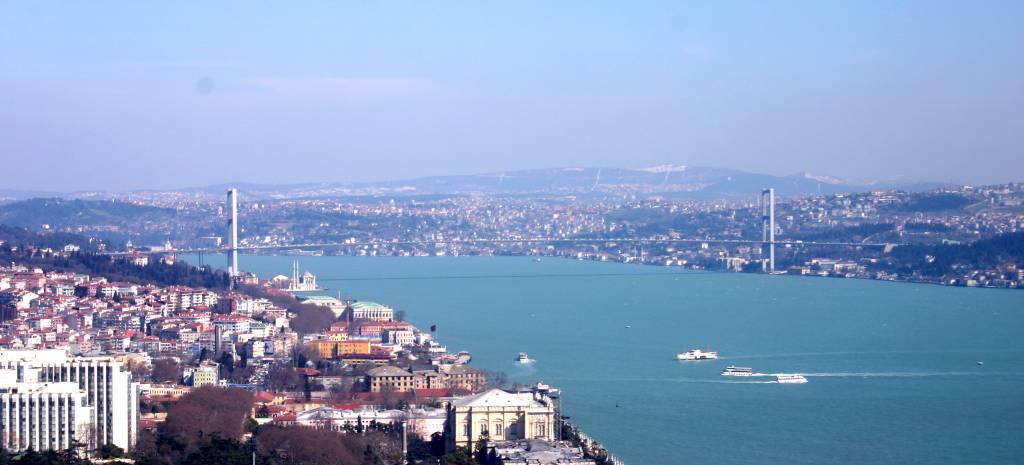 Ponte del primo maggio ad istanbul for Ponte del secondo piano