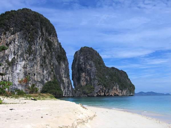 Thailandia, LaoLiangPhi @Wikipedia
