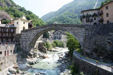 Pont Saint Michel, Valle d'Aosta @Wikipedia