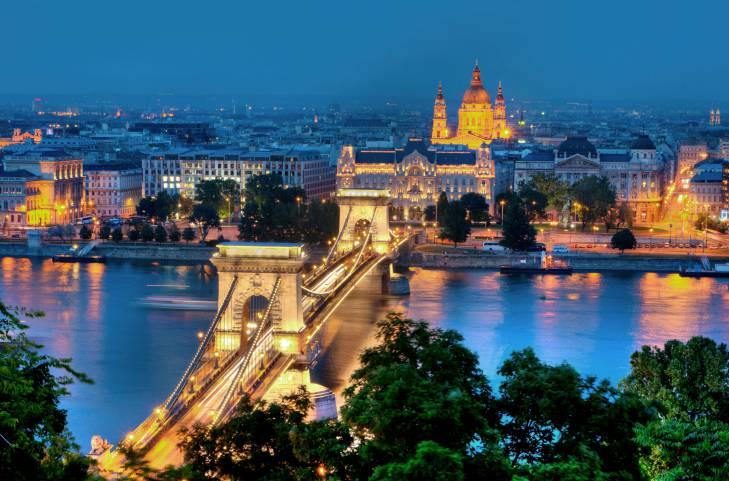 Budapest dall'aeroporto al centro città