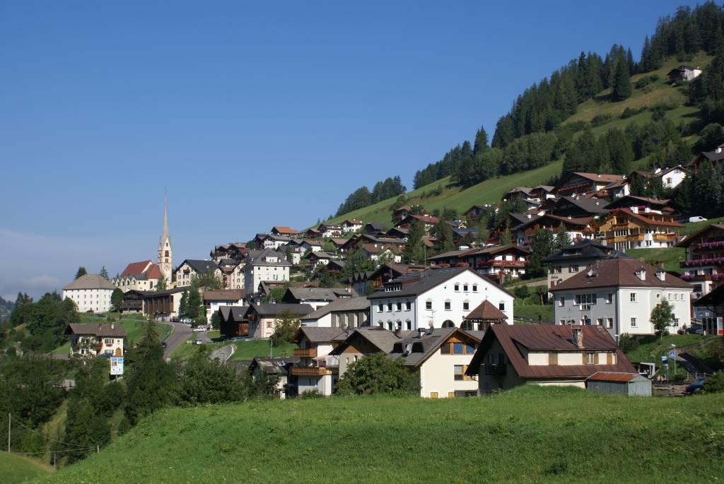 Santa Cristina in Val Gardena @Wikipedia