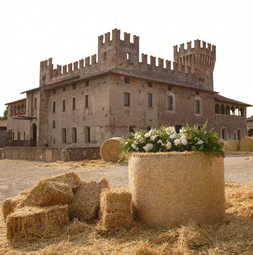 Castello di Malpaga - Cavernago, Bergamo