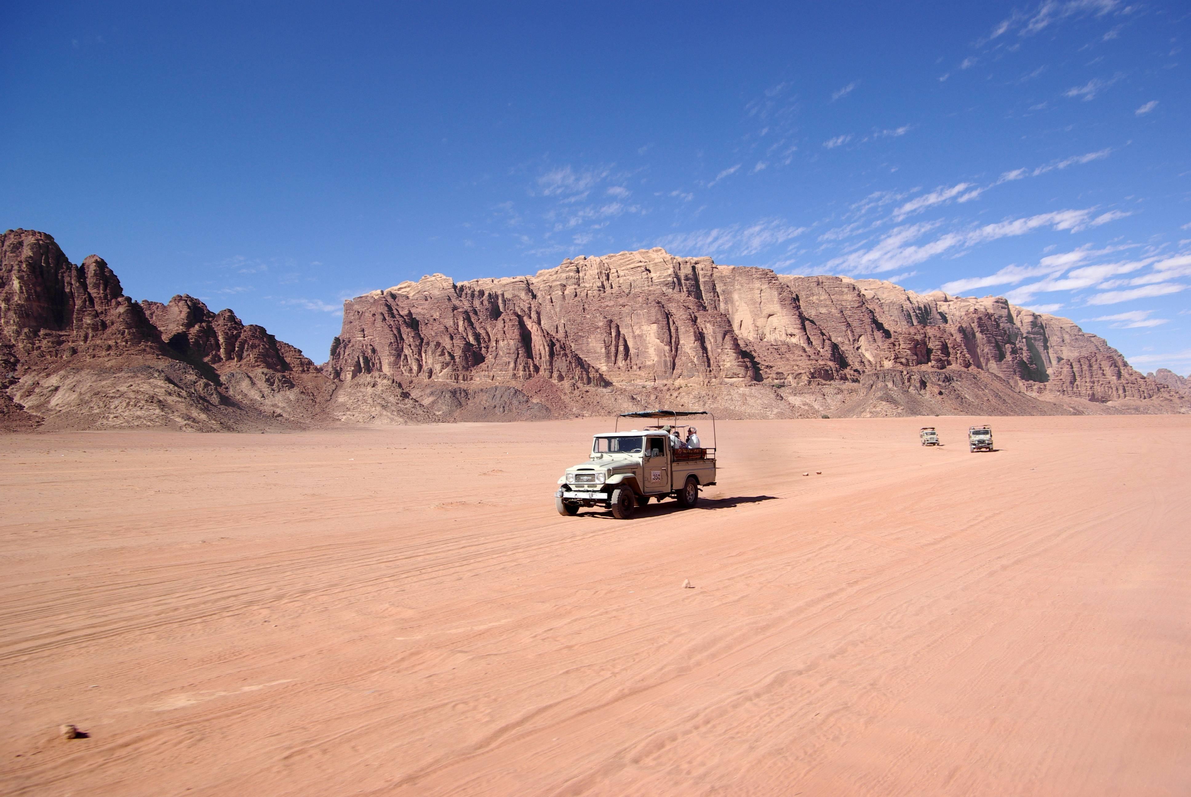 Wadi Rum@Wikipedia