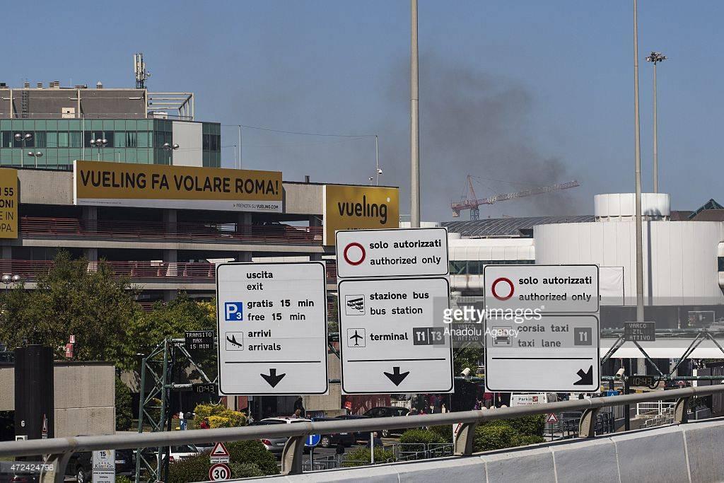 Il fumo ancora alto all'aeroporto