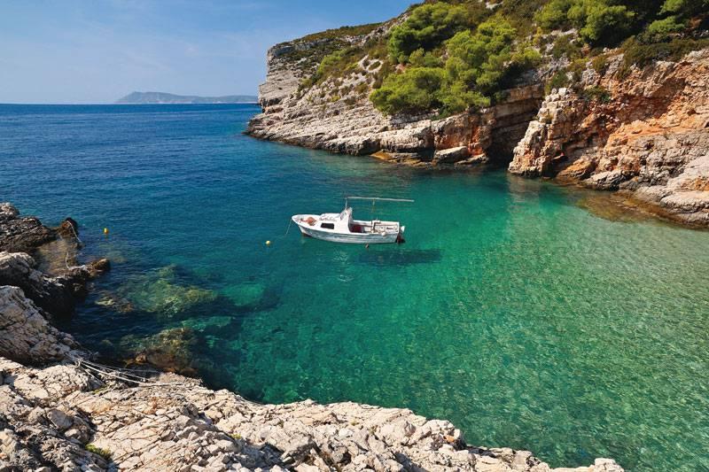 le 10 isole meno conosciute e più belle del mediterraneo