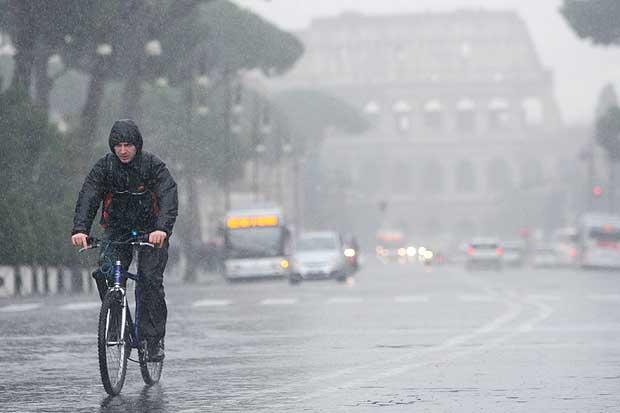 Allerta Meteo: forte maltempo in arrivo, criticità massima nell'Alta Toscana
