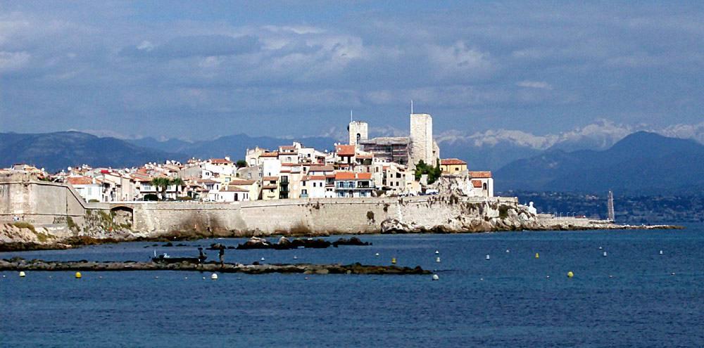 Antibes @Wikipedia