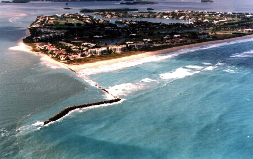 St. Lucie Inlet, Florida (Wikipedia)