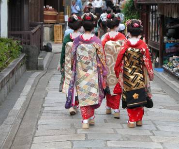 Geisha group in a Kyoto street