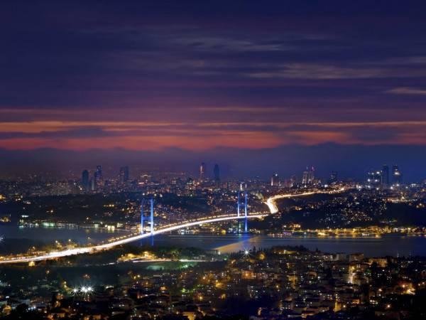 Istanbul e il popnte sul Bosforo (Thnkstock)