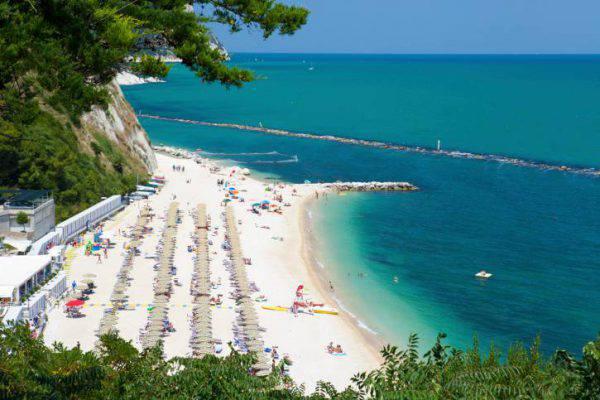 Spiagge delle marche le pi belle - Le migliori marche di camerette ...