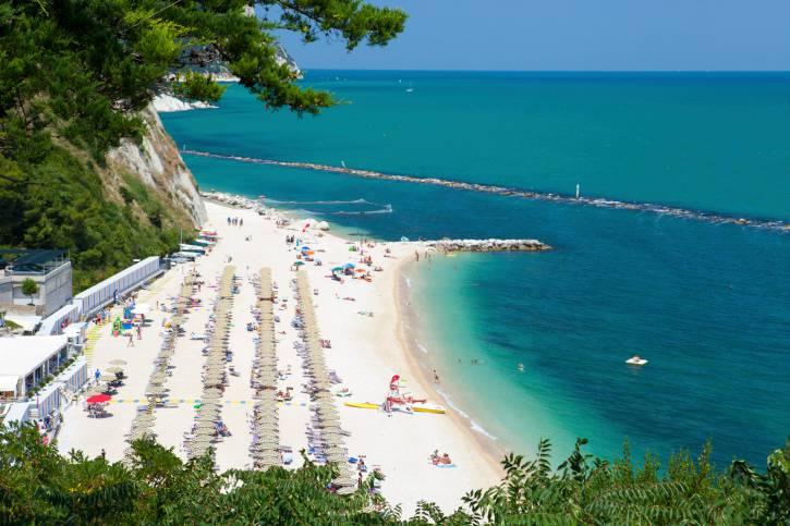 Matrimonio In Spiaggia Nelle Marche : Spiagge delle marche le più belle