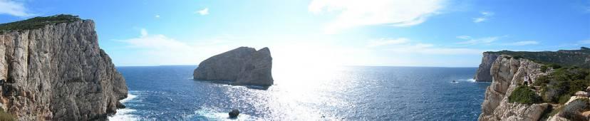 Capo Caccia con l'isola Foradada (da Wikipedia)