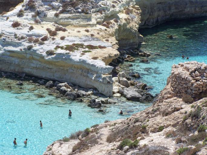 Lampedusa, spiaggia e isola dei Conigli (Thinkstock)