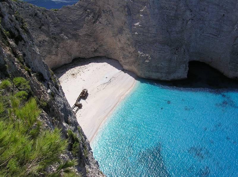 Zante spiaggia del Relitto (Foto di Hehec da Wikipedia, Licenza CC BY-SA 3.0)