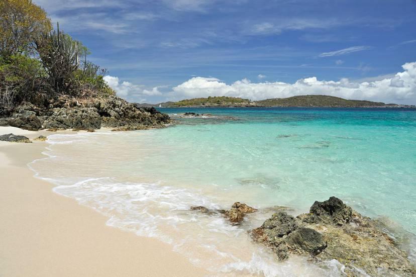 Caneel Bay, Isole Vergini americane (Foto di Fred Hsu. Wikicommons. Licenza CC BY-SA 3.0)