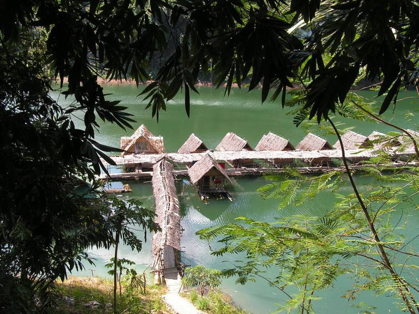 Thailandia, Khao Sok National Park (Foto di David Wilmot. da Wikicommons. Licenza CC BY 2.0)