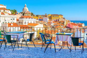 Open café tarrace in Lisbon