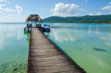 Calm Lake Peten in Guatemala