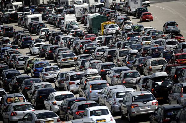 Traffico in autostrada (JEFF PACHOUD/AFP/Getty Images)