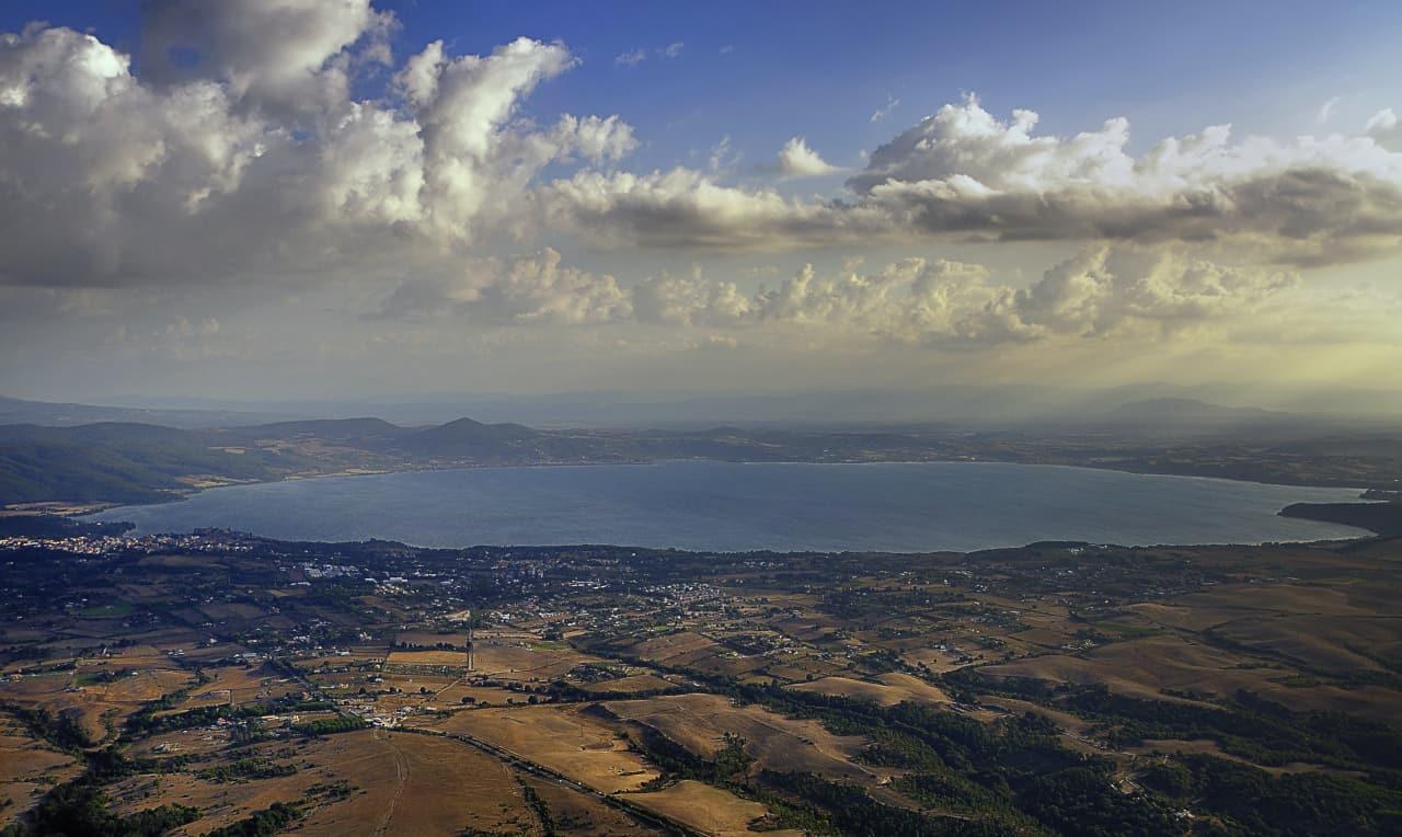 laghi vulcanici mondo