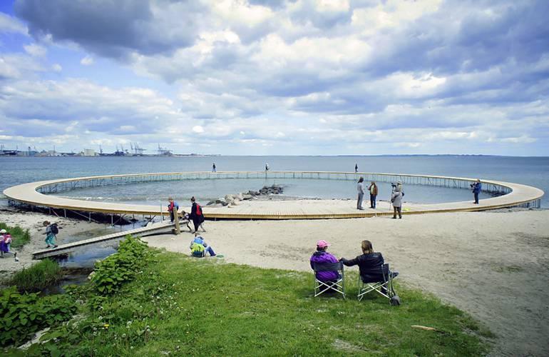 Pinte Circolare Den Uendelige Bro  in Danimarca (Foto da Gjøde & Povlsgaard Arkitekter)