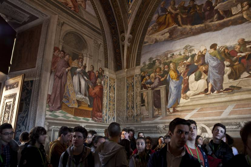 VATICAN CITY, VATICAN - MARCH 21:  Visitor's make their way through The Vatican Museum's Raphael Room's on March 21, 2013 in Rome, Italy.  (Photo by Dan Kitwood/Getty Images)