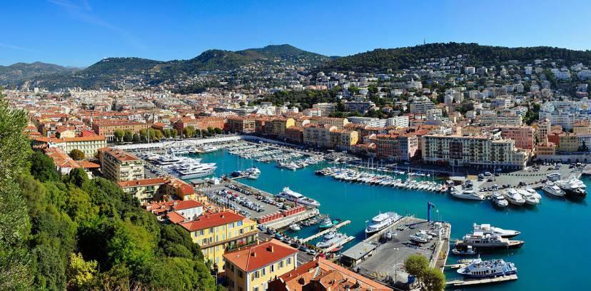 Il porto di Nizza (Foto di Tobi 87. Licenza CC BY-SA 3.0 via Wikimedia Commons)