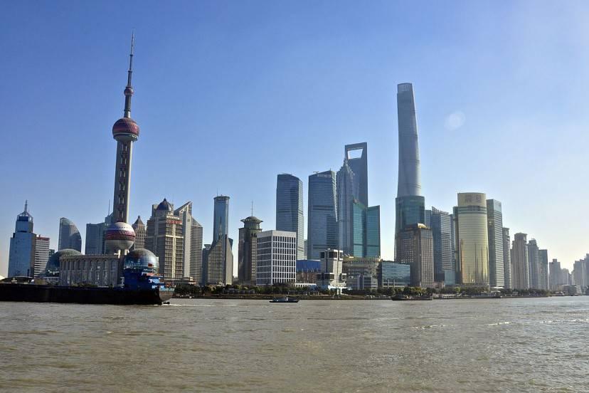 Shanghai (Foto di Simon Desmarais. Licenza CC BY-SA 2.0 via Wikimedia Commons)