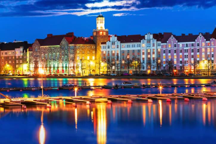 Helsinki di notte (Thinkstock)