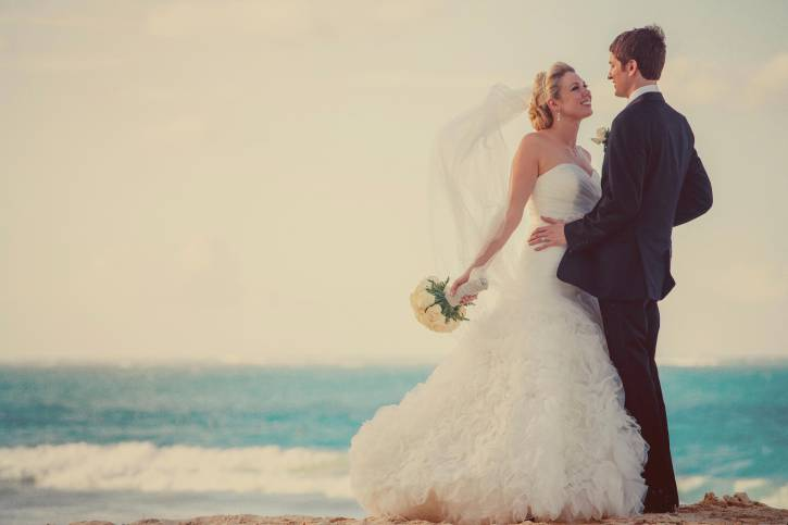 Matrimonio in spiaggia (Thinkstock)