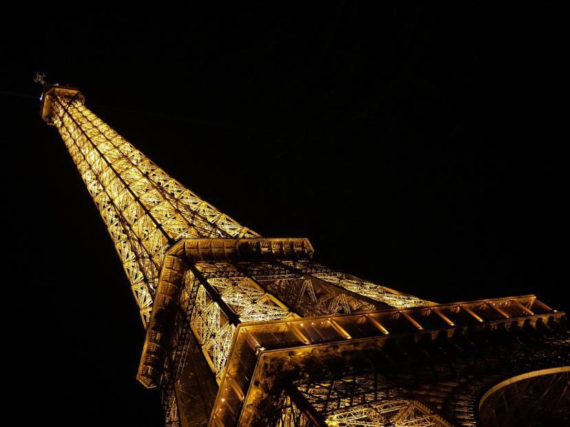 Parigi, la Tour Eiffel (Pixabay)