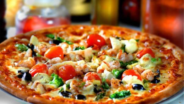 Pizza speciale (Foto web)