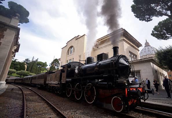 Il treno dal Vaticano a Castel Gandolfo (FILIPPO MONTEFORTE/AFP/Getty Images)