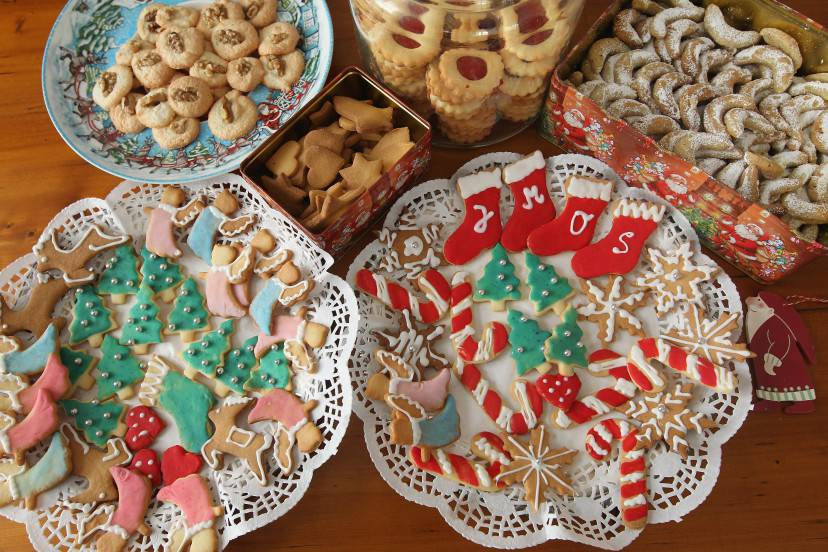 BERLIN, GERMANY - DECEMBER 21:  Traditional, home-made Christmas cookies lie on plates in a household on December 21, 2010 in Berlin, Germany. Christmas cookies are an intrinsic part of Central European Christmas tradition and are usually baked at home according to recipes passed down through generations.  (Photo by Sean Gallup/Getty Images)