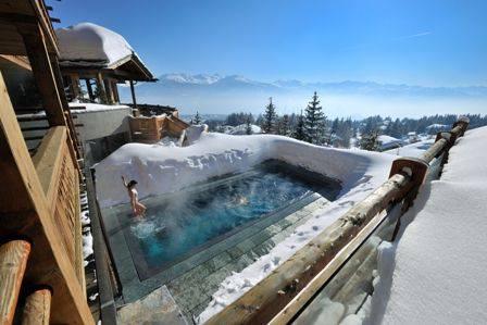 Piscina del LeCrans Hotel & Spa (Foto Pinterest)